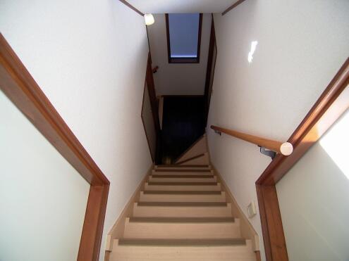 階段の様子。(3階から2階)(id:5767,その他)