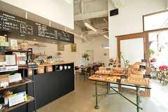 テナントとして入っているカフェの様子。(2015-12-09,共用部,OTHER,1F)