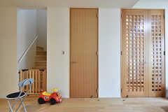 玄関脇のドアを開けると、保管スペースです。(2016-07-03,共用部,OTHER,1F)