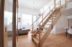 階段が多い不思議な空間。(2013-07-19,共用部,LIVINGROOM,1F)