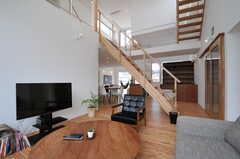 ゆっくりできるソファ・スペースもあります。(2013-07-19,共用部,LIVINGROOM,1F)