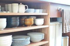 シンク下の食器棚。(2013-07-19,共用部,KITCHEN,1F)
