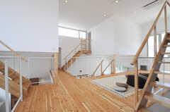 階段が多く、飽きのこない構造。(2013-07-19,共用部,OTHER,2F)
