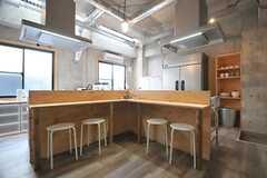 キッチンはもうひとつ設けられています。(2014-06-03,共用部,KITCHEN,1F)