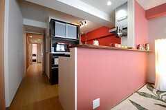 キッチンはカウンター付きです。(2014-09-08,共用部,KITCHEN,10F)
