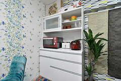 食器棚の様子。(2017-01-16,共用部,KITCHEN,6F)