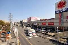各線・砂田橋駅の周辺環境の様子。(2012-03-27,共用部,ENVIRONMENT,1F)