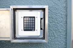 ドアはナンバー式のオートロックです。(2014-03-19,周辺環境,ENTRANCE,1F)