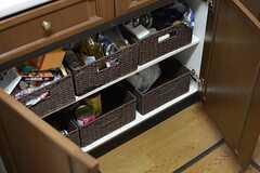 部屋ごとに収納ボックスが用意されています。(2015-07-22,共用部,KITCHEN,1F)