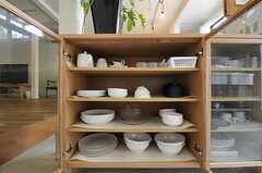 食器棚の様子。(2011-08-09,共用部,KITCHEN,1F)