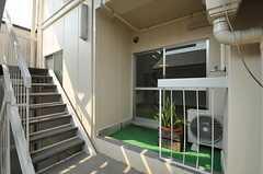 専有部のドア。玄関は別の入り口になっています。(201号室)(2012-08-17,専有部,ROOM,2F)