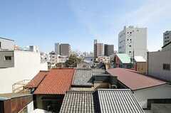ベランダからの眺め。(402号室)(2013-02-26,専有部,ROOM,4F)
