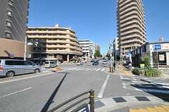 名古屋市営地下鉄名城線・八事日赤駅からシェアハウスへ向かう道の様子。(2012-10-26,共用部,ENVIRONMENT,1F)