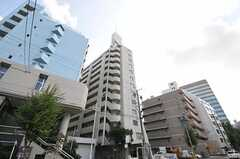 マンションの外観。1フロアがシェアハウスです。(2011-10-16,共用部,OUTLOOK,1F)