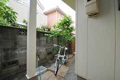自転車置場の様子。(2012-05-09,共用部,GARAGE,1F)