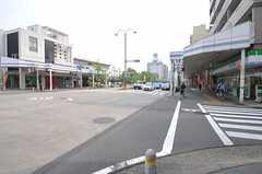 名古屋市営地下鉄桜通線・桜山駅からシェアハウスへ向かう道の様子。(2012-05-09,共用部,ENVIRONMENT,1F)