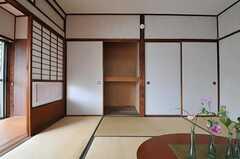 収納の様子。(102号室)(2011-06-11,専有部,ROOM,1F)