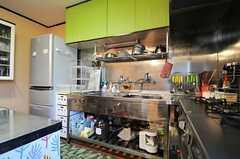 キッチンの様子。(2013-03-22,共用部,KITCHEN,1F)