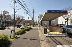 名古屋市営地下鉄鶴舞線・植田駅の様子。バスターミナルもあります。(2011-04-23,共用部,ENVIRONMENT,1F)