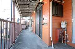 正面玄関の様子。(2016-01-25,周辺環境,ENTRANCE,2F)
