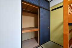 押入れの様子。(2053号室)(2017-08-09,専有部,ROOM,2F)