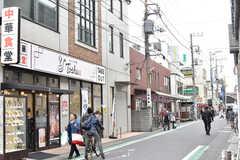 JR中央総武線・下総中山駅周辺の様子。(2019-04-17,共用部,ENVIRONMENT,1F)