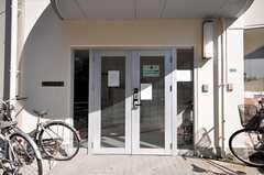 シェアハウスの玄関。(2009-02-17,周辺環境,ENTRANCE,1F)