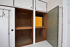 収納は多めです。(201号室)(2016-10-24,専有部,ROOM,2F)