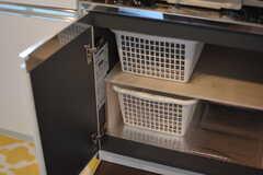 部屋ごとに使える収納ボックスが用意されています。(2018-06-15,共用部,KITCHEN,1F)