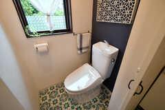 ウォシュレット付きトイレの様子。(2018-06-15,共用部,TOILET,2F)