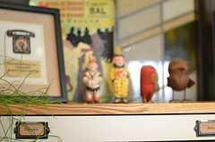 本棚の上には可愛らしい小物。(2013-03-04,共用部,OTHER,1F)