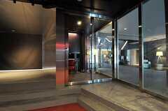 スタジオ脇に設置されたミキシングルームの入り口。(2014-02-18,共用部,OTHER,1F)