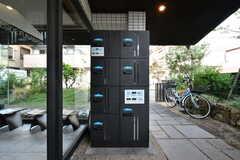 宅配ボックスが用意されています。(2020-10-01,周辺環境,ENTRANCE,1F)