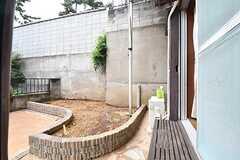 共用の庭の様子。(101号室)(2016-11-16,共用部,OTHER,1F)