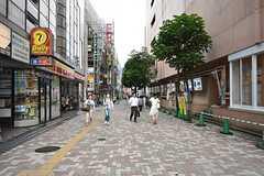 各線・市川駅近くの商店街。(2016-05-24,共用部,ENVIRONMENT,1F)
