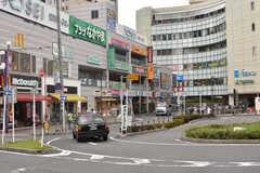 JR中央総武線・下総中山駅周辺の様子。(2017-09-22,共用部,ENVIRONMENT,1F)
