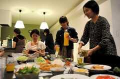 ウエルカムパーティーの様子。(2010-06-05,共用部,PARTY,1F)