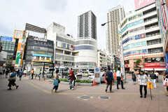 JR・本八幡駅前の様子。(2017-09-27,共用部,ENVIRONMENT,1F)