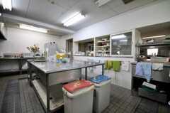 シェアハウスのキッチンの様子2。(2010-04-14,共用部,KITCHEN,1F)