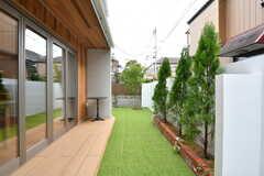 庭の様子。(2020-12-03,共用部,OTHER,1F)