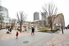 柏の葉キャンパス駅前の様子。ららぽーとがあります。(2020-01-27,共用部,ENVIRONMENT,1F)
