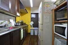 キッチンの様子。(2015-10-19,共用部,KITCHEN,1F)