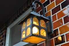 レトロな外灯。(2010-07-01,周辺環境,ENTRANCE,1F)