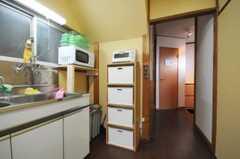 シェアハウスのキッチンの様子2。(2010-07-01,共用部,KITCHEN,1F)