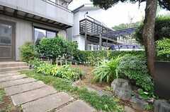 庭の様子。(2013-07-30,共用部,OTHER,1F)