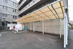 駐輪場は屋根付きです。(2017-04-10,共用部,GARAGE,1F)