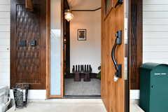 玄関から見た内部の様子。(A棟)(2017-10-06,周辺環境,ENTRANCE,1F)