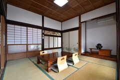 リビングの様子6。床の間に茶釜が飾られています。(2018-05-29,共用部,LIVINGROOM,1F)
