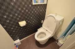 ウォシュレット付きトイレの様子。(2015-11-25,共用部,TOILET,3F)