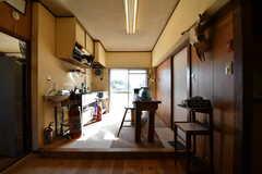キッチンの様子。キッチンは各専有部に設置されているため、イベントやパーティーで使用されるとのこと。(2017-12-12,共用部,KITCHEN,1F)